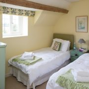The pretty twin room on the first floor (Bedroom 3).